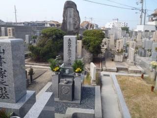 天美中央共同墓地(松原市)