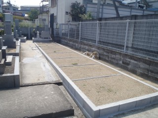上田墓地(松原市)