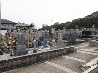 藤井寺共同墓地(藤井寺市)