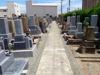 恩貴島・島屋・春日出・四貫島共同墓地(大阪市此花区)