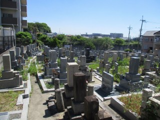 讃良寺共同墓地 (四條畷市)
