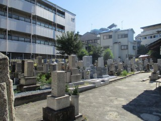平池墓地(寝屋川市)