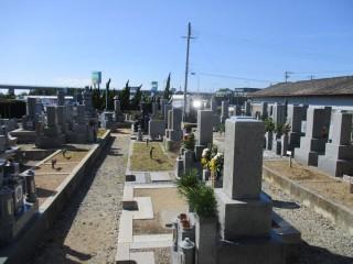 沢・浦田・窪田共同墓地(貝塚市)