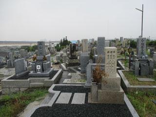 多治井・東多治井・小平尾共同墓地(堺市美原区)