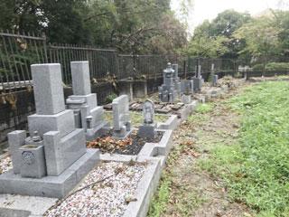 堺市南区平田墓地